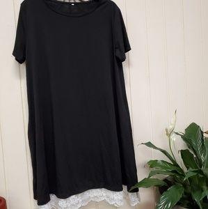 Dresses & Skirts - Black Tee shirt dress with lace trim